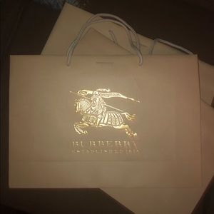 Burberry Shopping Bag Gold Logo, Paper Tote Gift